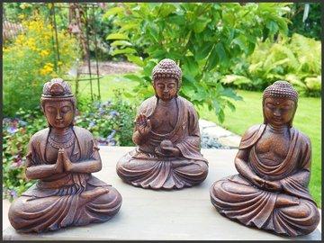 Boeddha, buddha, 3 beelden zittend 20 / 22 cm